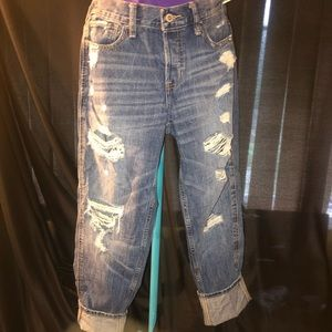 Hollister cropped destroyed boyfriend jeans